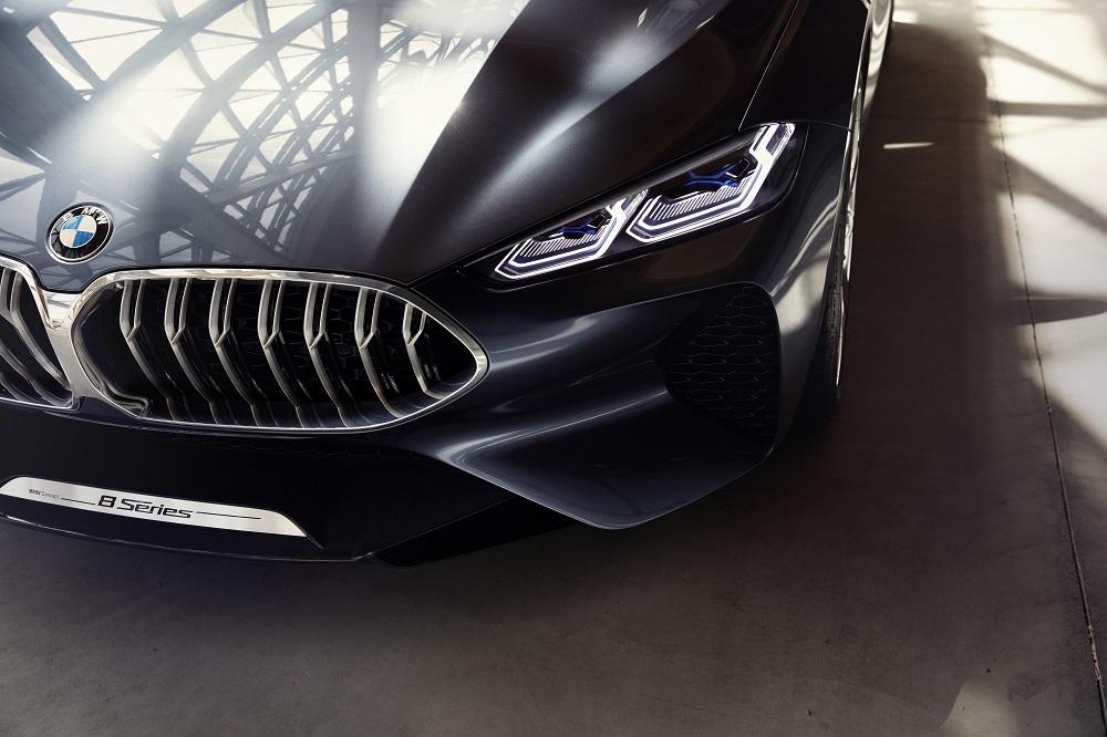 b1dfe442d Nefalšovaná dynamika a moderný luxus - BMW Concept radu 8
