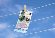Prečo vás investovanie cez životnú poistku oberá o peniaze?