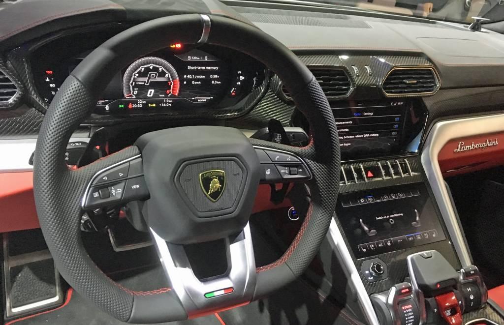 Lamborghini predstavuje svojho nového býka Urus 4
