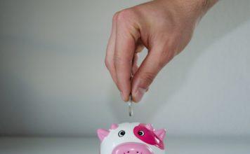 Viete koľko by ste mali šetriť na dôchodok podľa veku?