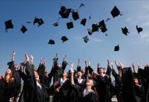 Ktorá americká vysoká škola produkuje najviac miliardárov?