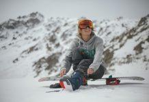 Chystáte sa lyžovať? Ako si môžete chrániť oči pred slnkom aj pri zimných športoch