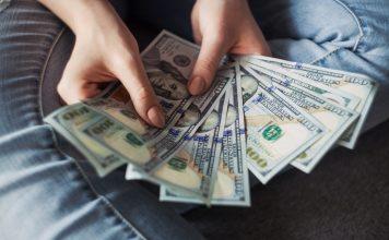 Beriete si úver a chcete ho poistiť? Nikdy ho nepoisťujte v banke!