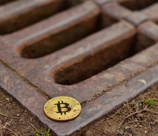 Čo zabíja kryptomenové projekty? Analýza cintorínu kryptomien.